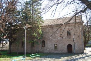 "Историческата църква ""Св. Архангел Михаил"" - Перущица"